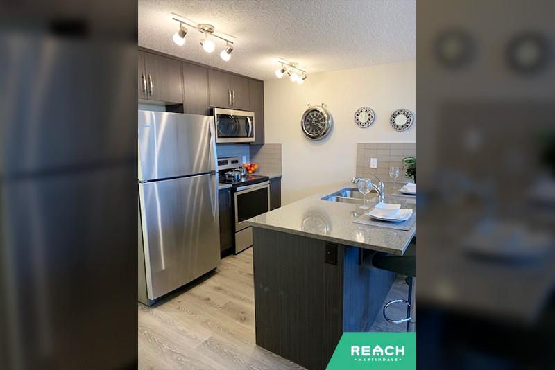 1 Level Flat - kitchen 2